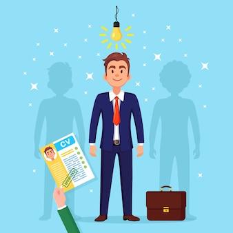 Cv бизнес резюме в руке. наем кандидата. собеседование, подбор персонала, поиск работодателя