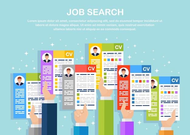 Cv бизнес резюме в руке. набор, концепция найма. управление человеческими ресурсами