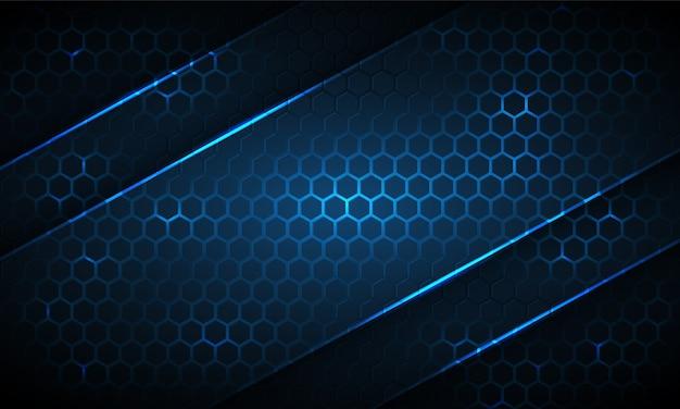 네온 줄무늬가있는 진한 파란색 육각형 기술 추상적 인 배경. 밝은 파란색 밝은 에너지가 어두운 기술 배경에서 육각형 아래에서 깜박입니다.