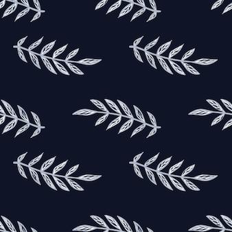 Темный фон с винтажными синими контурными силуэтами ветвей листьев.