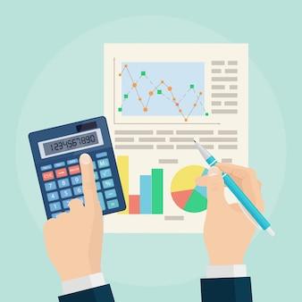 데이터 분석 개념. 비즈니스 분석. 재무 감사, 계획. 그래프와 차트. 펜 및 배경에 손에 계산기입니다.