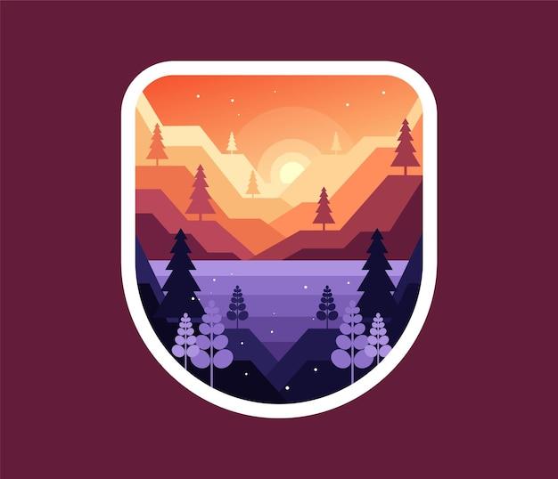 Рассвет или закат в горах над озером
