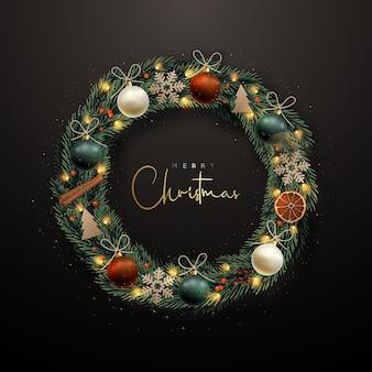 Декоративный рождественский венок с еловыми ветками