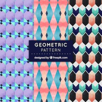 装飾パターンは、水彩色の幾何学的形状のセット