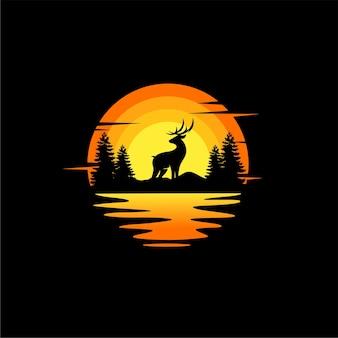 鹿のシルエットイラストベクトル動物のロゴデザインオレンジ色の夕日曇り海の景色