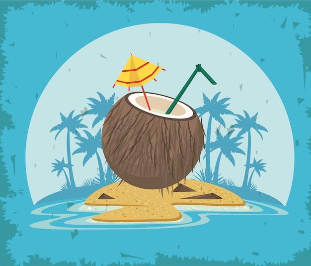 Вкусный и освежающий напиток на пляже