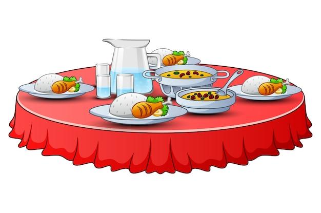 Iftar 파티를위한 맛있는 메뉴가 테이블에 있습니다.