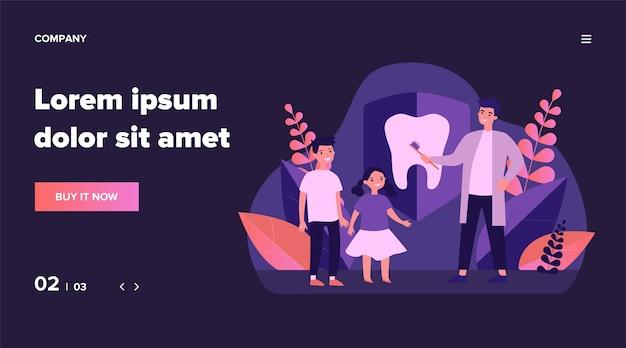 Стоматолог обучает детей чистить зубы. детский ортодонт, иллюстрация клиники. день осведомленности, концепция стоматологической помощи для баннера, веб-сайта или целевой веб-страницы