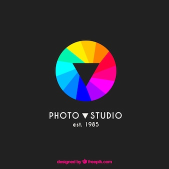Diaphragm photography logo in colors