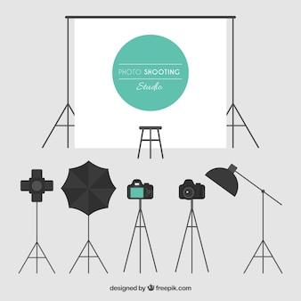 Diversi elementi di uno studio fotografico