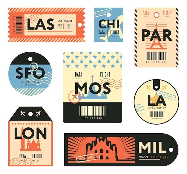 여행자 플랫 스탬프 세트에 대 한 다른 복고풍 티켓. 다채로운 수하물 태그와 수하물 비행기 스티커 벡터 일러스트 컬렉션. 여행 및 디자인 템플릿