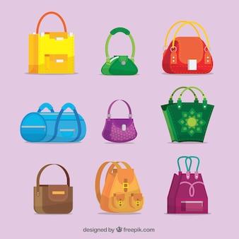 ハンドバッグのコレクションの異なるタイプ