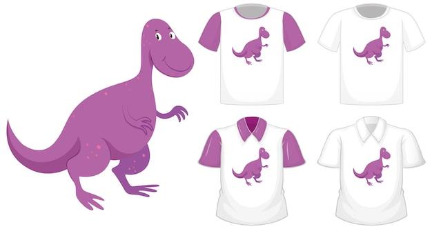 Logo del personaggio dei cartoni animati di dinosauro su camicia bianca diversa con maniche corte viola isolato su priorità bassa bianca