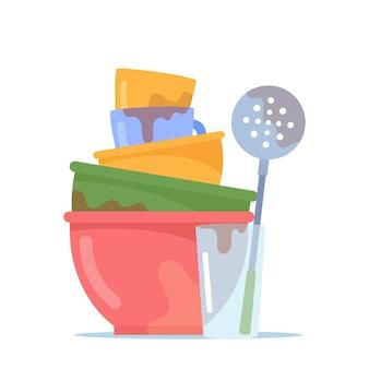 더러운 접시 더미, 물 유리, 스키머 및 컵, 비위생적인 기구, 그릇 또는 흰색 배경에 고립 된 주방 용품이 있는 깊은 그릇 또는 접시의 스택