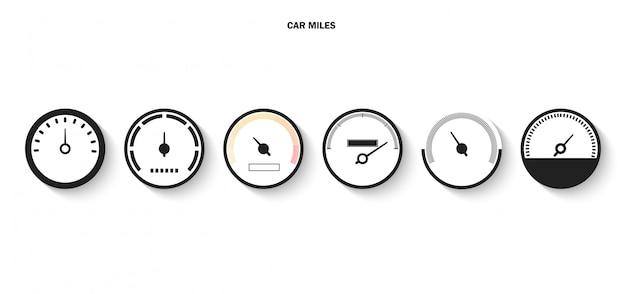 속도계의 눈금 및 화살표 아이콘으로 표시