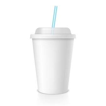 일회용 커피 또는 주스 컵. 흰색 빈 컵 빼앗아