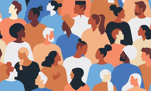 Разнообразная группа стильных людей, стоящих вместе