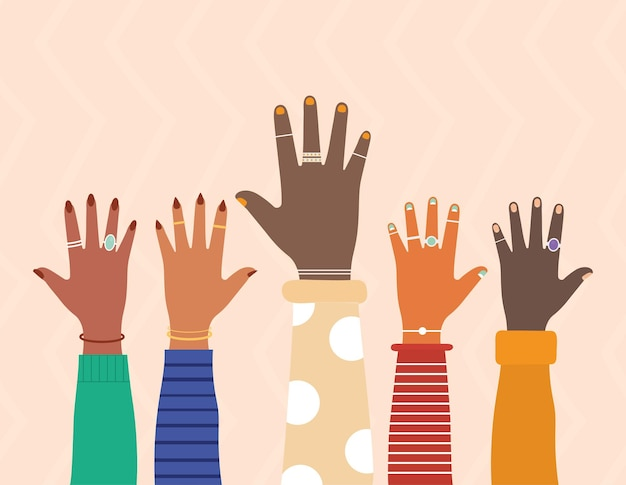 Разнообразные руки с цветными ногтями на лососевом цветном фоне