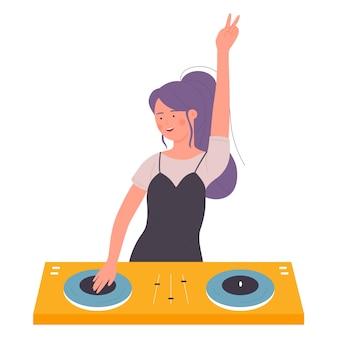 ナイトクラブで現代音楽を作るターンテーブルミキサーを持つdj美しい若い女性