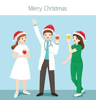 Доктор и медсестра рождественское поздравление