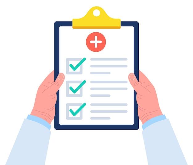 의사는 양손으로 클립 보드를 보유하고 있습니다. 클립 보드에 의료 보고서를위한 체크리스트. .