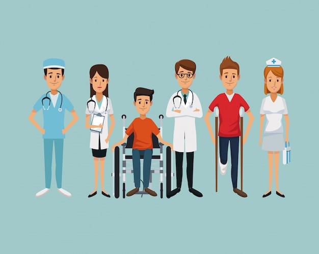 Врачи с инвалидом в инвалидном кресле и на костылях