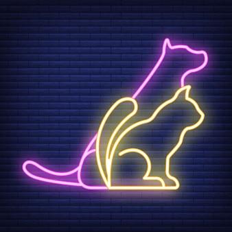 개와 고양이 네온 아이콘입니다. 의료 의학 및 애완 동물 관리에 대한 개념입니다. 개요 및 검은 가축. 애완 동물 기호, 아이콘 및 배지. 어두운 벽돌 쌓기에 간단한 벡터 일러스트 레이 션.