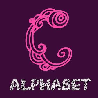 낙서 손으로 그린 스케치 알파벳입니다. 편지 c