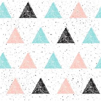 Бесшовный фон с треугольником каракули. черный, синий и розовый треугольник. абстрактный бесшовный паттерн для карты, приглашения, плаката, баннера, плаката, дневника, альбома, обложки книги эскизов и т. д.