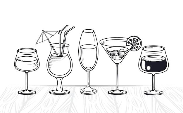 飲み物とカクテルアルコール依存症のカップ