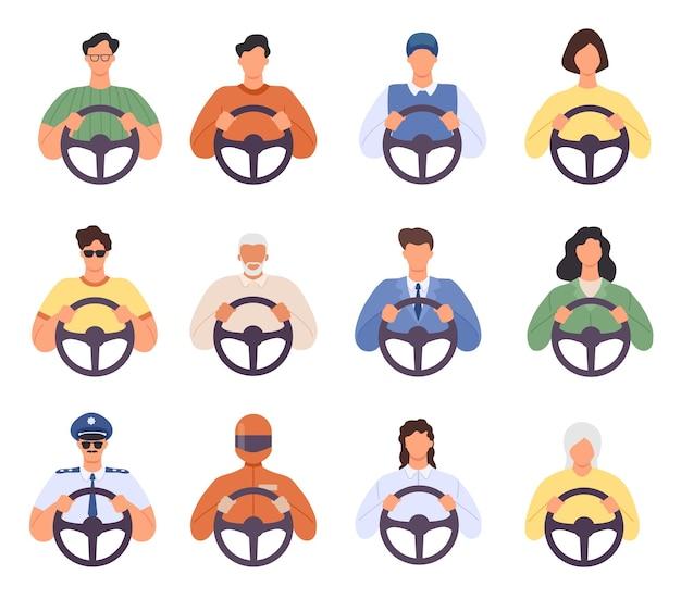Драйверы. мужчина и женщина за рулем автомобиля иконки. водитель такси и пассажир, курьер, полиция и пожилой человек с рулем. шофер векторный набор, водитель люди характер на дороге иллюстрации