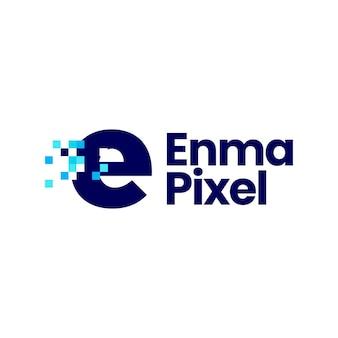 E文字小文字ピクセルマークデジタル8ビットロゴベクトルアイコンイラスト