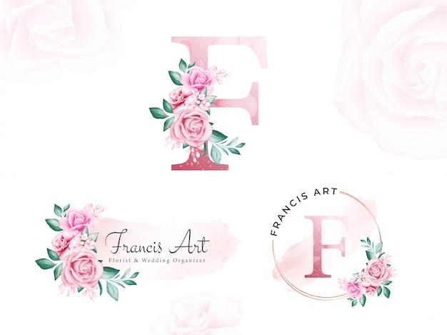 Акварельный золотой цветочный логотип для начальной буквы e персиковых роз и листьев.