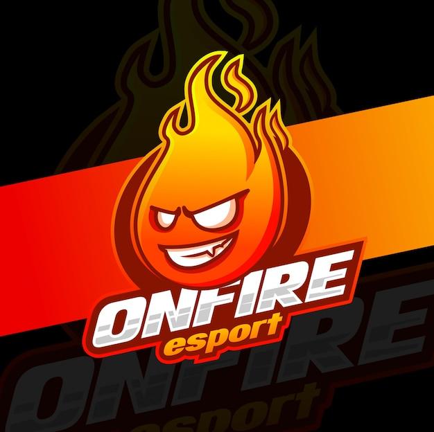 火のマスコットeスポーツのロゴデザイン