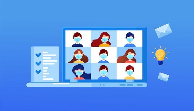 トレーニング用のビデオ会議を備えたテーブル上のラップトップ。 eラーニング、オンライン会議、在宅勤務のコンセプト。