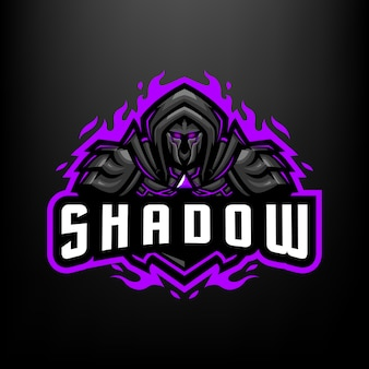暗い灰色の背景に分離されたスポーツとeスポーツのロゴのシャドウナイトマスコットイラスト
