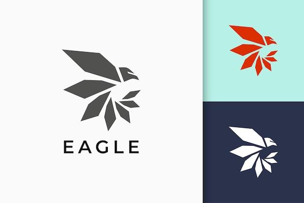 Логотип орла или сокола в современном и простом стиле