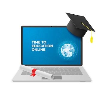 教育オンラインコンセプト。画面上の卒業帽子と卒業証書と教育オンラインテキスト付きのノートブック。遠隔教育技術。