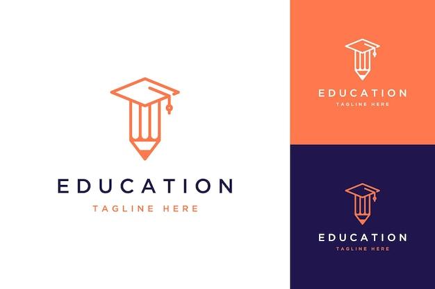 教育デザインのロゴまたは卒業キャップ付きの鉛筆