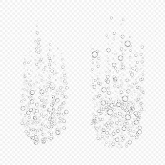 透明な背景に発泡性の泡