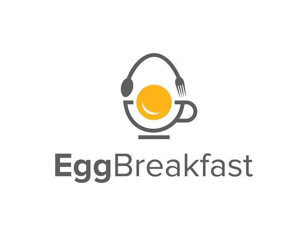 カップとフォークスプーンで卵シンプルな洗練された創造的な幾何学的なモダンなロゴデザイン