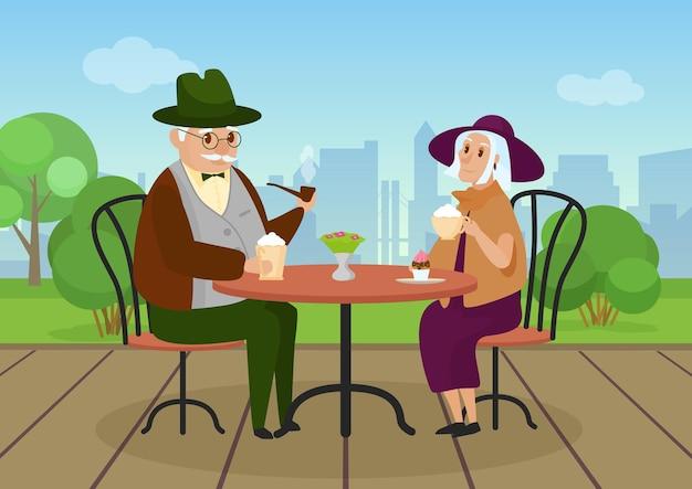 야외 도시 거리 카페 도시 풍경에서 커피를 마시는 노인 부부 사람들