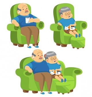 Пожилые люди сидят на диване