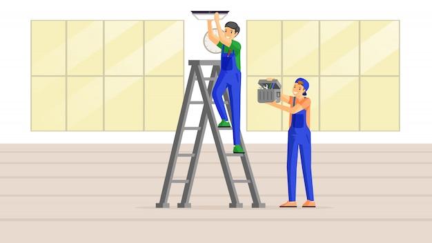 Электрики на работе плоской иллюстрации. квалифицированный рабочий стоит на лестнице и пригоняет лампу к потолку, молодой мастер держит инструментарий. специалисты по ремонту домов, строители проверяют проводку