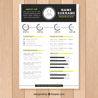 Elegant black and white cv design
