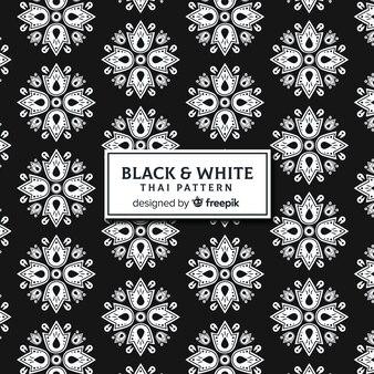 Elegante modello tailandese bianco e nero