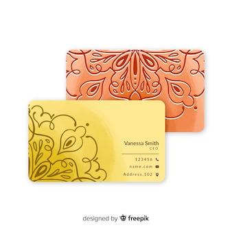 Элегантный шаблон визитной карточки в стиле мандалы