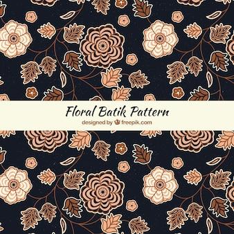 Элегантный цветочный узор батика
