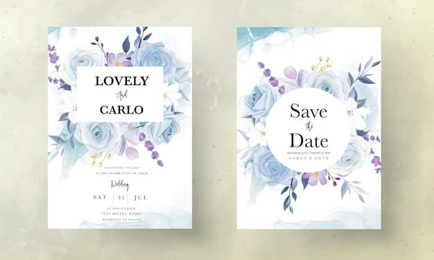 エレガントな手描きのアイスブルーの花の結婚式の招待カード