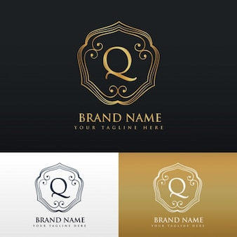Elegant ornamental logo with the letter q